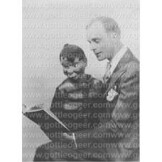 Photo - Edgar Bergen and Charlie McCarthy (6)